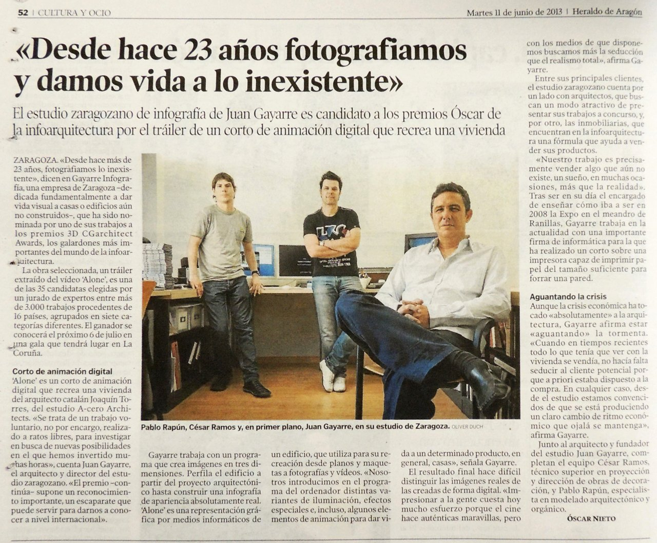 """Interview at the newspaper Heraldo de Aragon talking about """"alone"""" by GAYARRE infografia"""